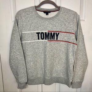 Tommy Hilfiger Crewneck Cropped Grey Sweater